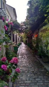 "Our vacation rental in Paris was down this charming alley called ""Villa des Tulipes"""